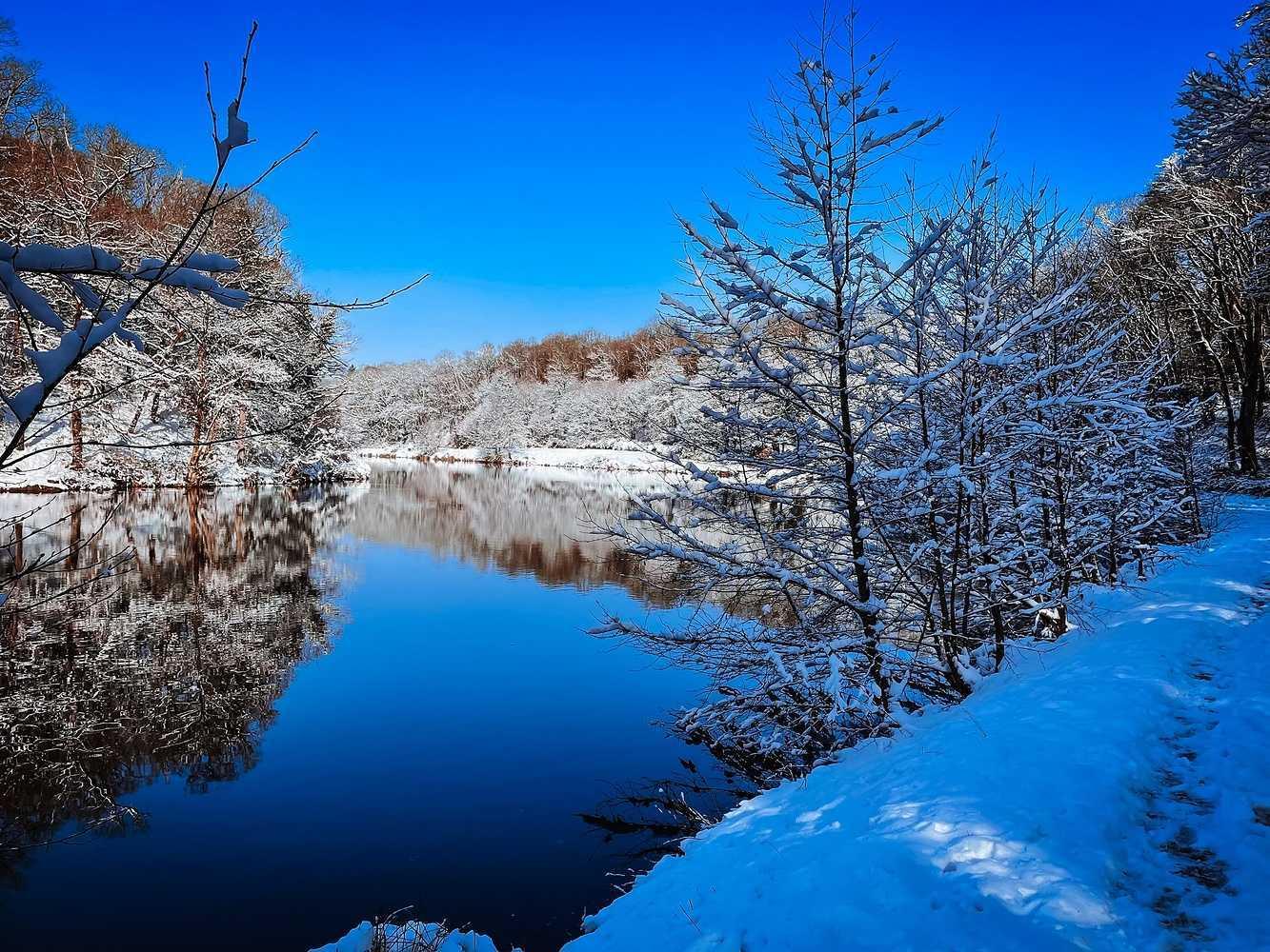 SAINT TRIMOEL sous la neige 0